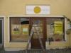 Fassadenbeschriftung in Schablonentechnik